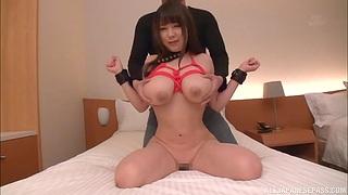 Busty Japanese hottie Yuzuki Marina gets fucked on the bed