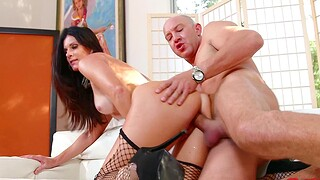 Foxy cougar India Summer gives habitual user and gets fucked with regard to doggystyle