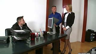 Adorable pornstar swallows cum after a mmf threesome pounding in the office
